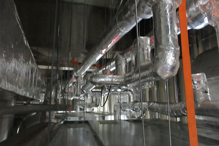 Air-conditioning Cold/warm Water Pipe Installation Work